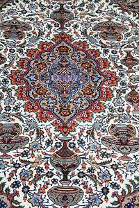 VERY RARE ARCHELOLOGICAL PATTEN HAND WOVEN PERSIAN KASHAMR RUG Swan View Swan Area Preview
