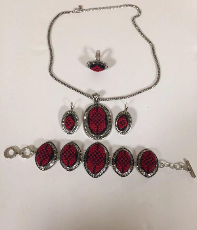 Vintage Middle Eastern Jewelry Cross  Stitch Set Earrings Bracelet Necklace NEW