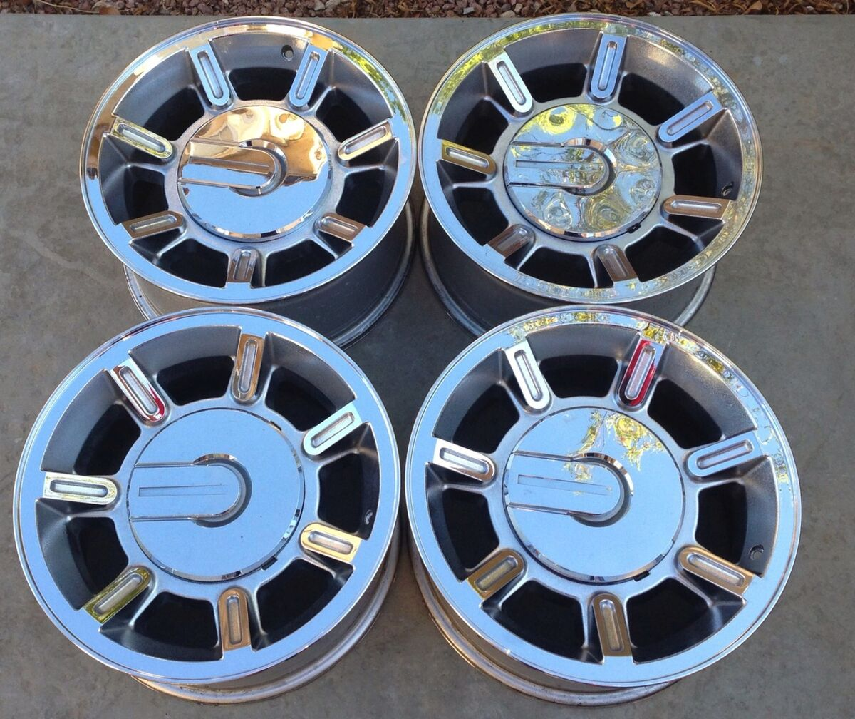 "Hummer H2 17"" Factory Chrome Wheels Rims Brand New Unused Immediate Take Off"