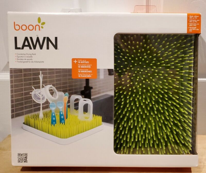 """2-pc Boon Green Lawn Countertop Drying Rack - Holds 18 Bottles - 13.5"""" x 11"""" NEW"""