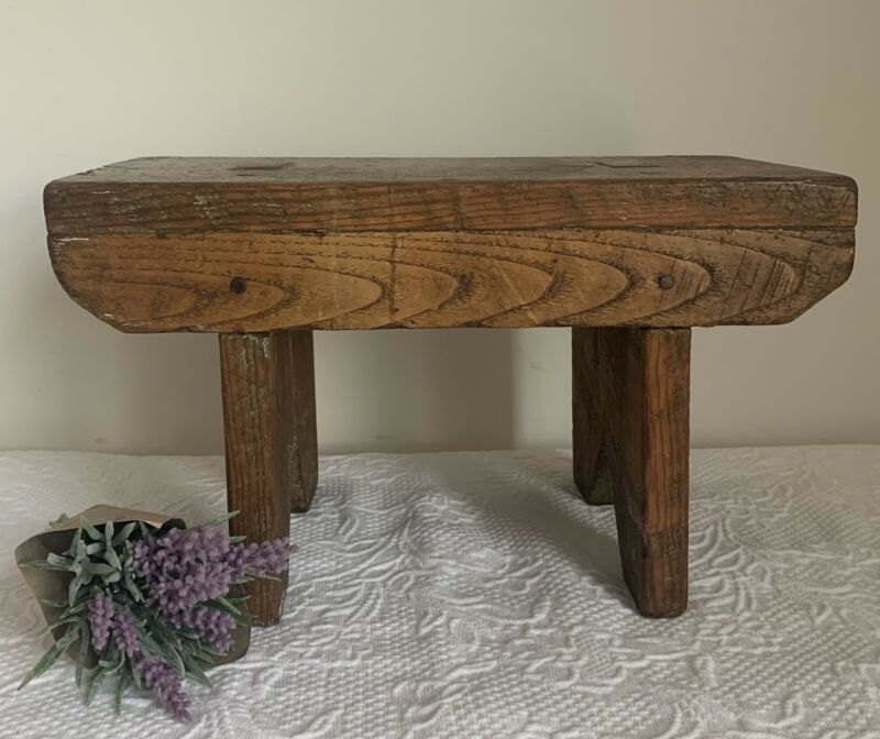 ANTIQUE VINTAGE Primitive WOODEN STOOL FARMHOUSE COTTAGE