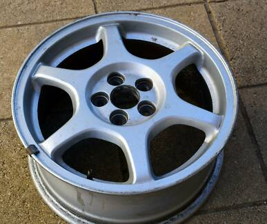 4 x Subaru Mag Wheels 5x 100 P.C.D.