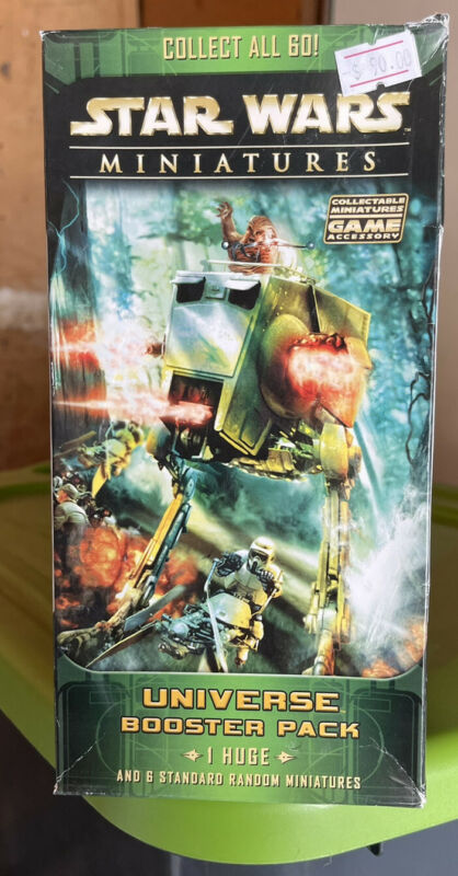 Star Wars Miniatures Universe Booster Pack 1 Huge & 6 Mineatures Factory Sealed
