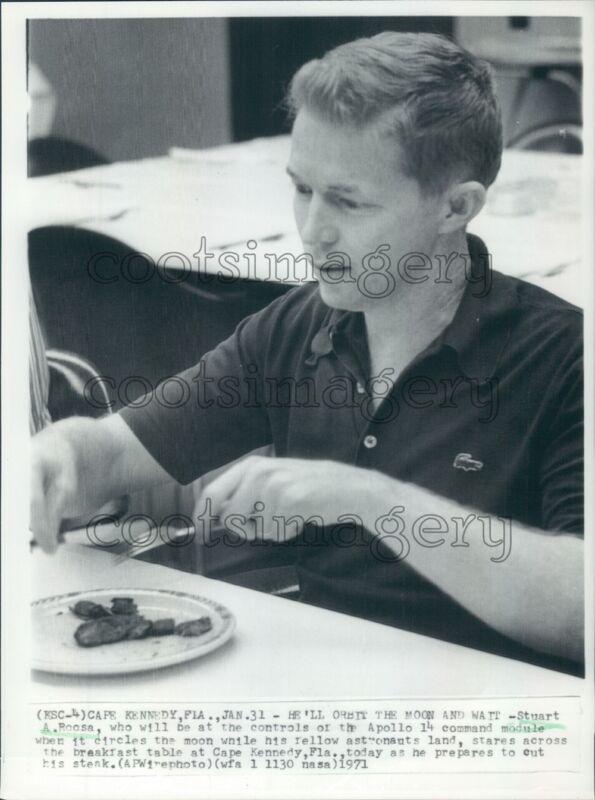 1971 Apollo 14 Astronaut Stuart Roosa Press Photo