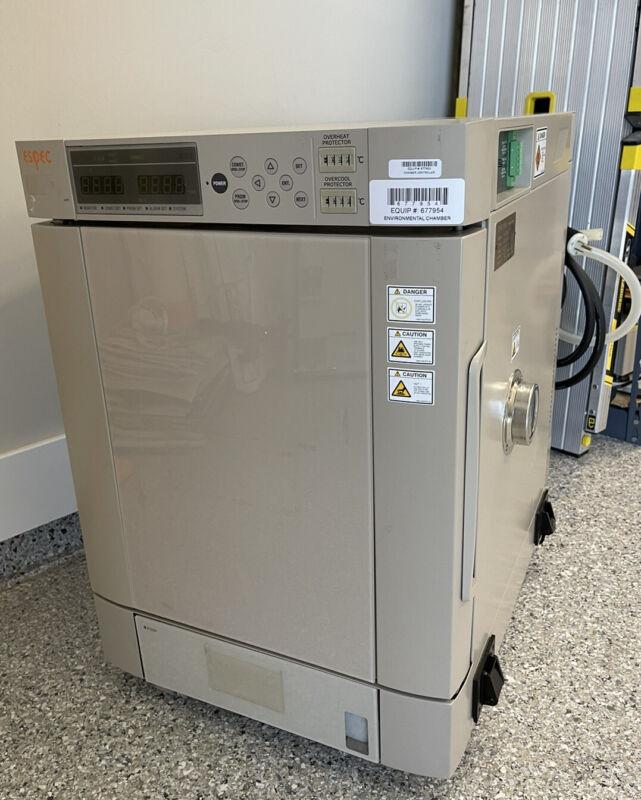 Espec SH-241 Benchtop Type Temperature & Humidity Chamber
