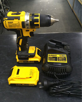 DEWALT 18V DRILL DRIVER CORDLESS KIT BRUSHLESS LI-ION DCD790D2-XE Liverpool Liverpool Area Preview