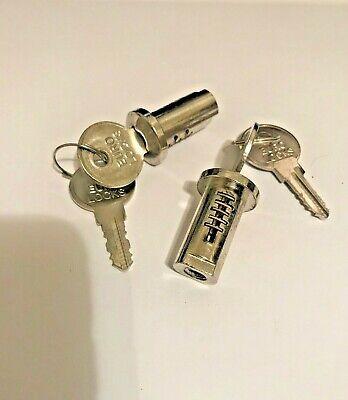 Lock And Key X2 Vending Gumball Machine Northwestern Eagle Oak Aa Victor Acorn