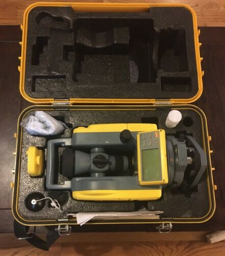 Spectra Precision DET-2 Electronic Theodolite (Preowned Appears Unused)
