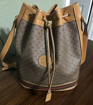 VINTAGE GUCCI GG LARGE CANVAS/LEATHER/STRIPE DRAWSTRING BUCKET BAG-WONDERFUL CON