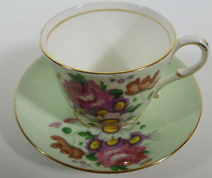 Paragon by Appointment to H.M. Queen Mary Fine Bone China Cup & Saucer