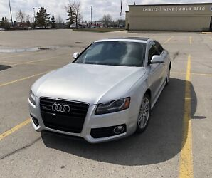 Audi A5 S-Line with premium package REDUCED