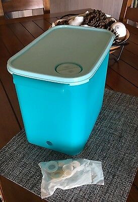 TUPPERWARE Modular Mates Turquoise Aqua 9 Qt Beverage Server Spigot NEW ()