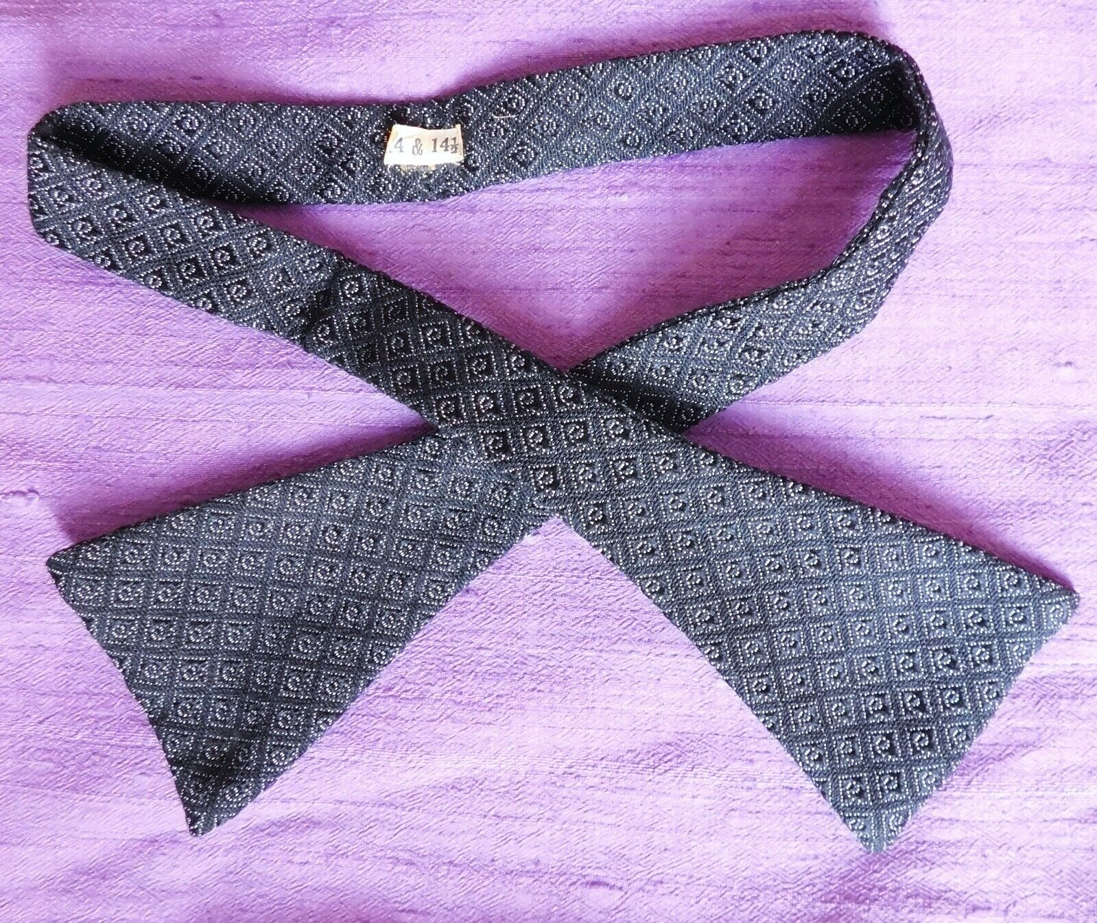 Mens check bow tie Trias dress band vintage 1930s UNUSED black and white 14 14.5