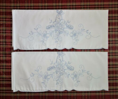 Vtg. Embroidered Cutwork Pillowcase Set 2 Pale Blue Floral Scalloped Edges NEW