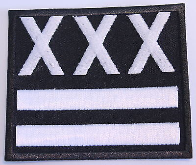 STRAIGHT EDGE TRIPLE X PATCH (MBP 260), 7,5 cm