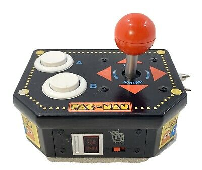 2008 JAKKS PACIFIC PAC MAN 12-in-1 PLUG N PLAY TV GAMES W/ TWIST CONTROL