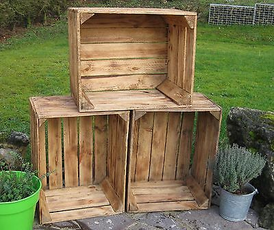 alte geflammte obstkisten apfelkiste holzkisten weinkiste shabby chic regal deko ebay. Black Bedroom Furniture Sets. Home Design Ideas
