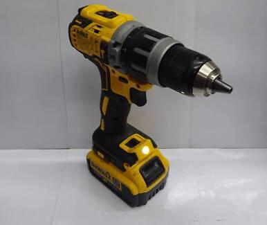 Dewalt Drill - (DCD796) - With battery - **BARGAIN**