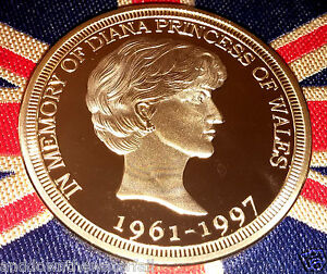 Princess-Diana-Gold-Coin-back-like-Sovereign-Man-on-Horse-In-Memory-England-GBR