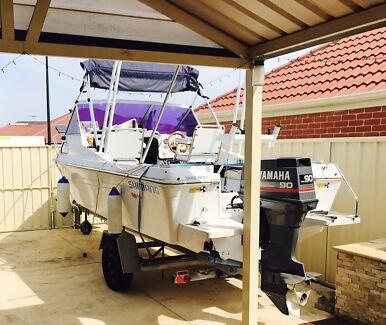 Boat- Cabin Cruiser 5.24 m