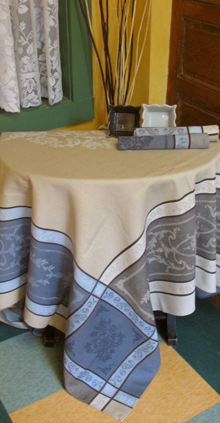 """FRENCH JACQUARD TABLECLOTH  'Montmirail' beige 75""""x 60""""  PRO"""