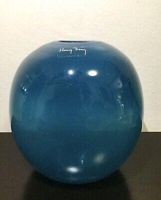 """VINTAGE HENRY DEAN ART GLASS VASE BLUE SIGNED 6 3/4 """""""