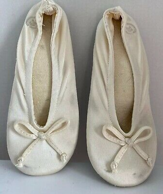GUC Isotoner Women's Satin Ballet Slippers Size Small/5-6 Pearl Color, Round Toe
