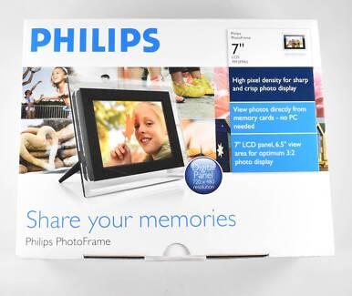 "PHILIPS 7"" LCD DIGITAL PHOTO FRAME"