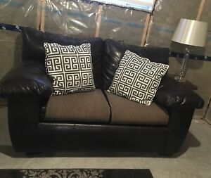 Loveseat leather Free