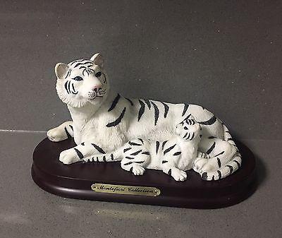 WHITE TIGER Wild Cat Family Cub Figure Figurine Statute