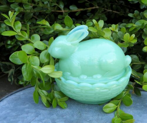 Mosser Glass Bunny in a Nest Jadeite, Covered Trinket Dish
