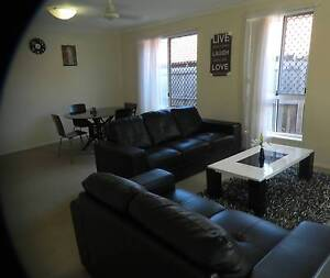 ROOM FOR RENT  PARKWOOD ONLY 135/WK ALL BILLS INCLUDED Parkwood Gold Coast City Preview
