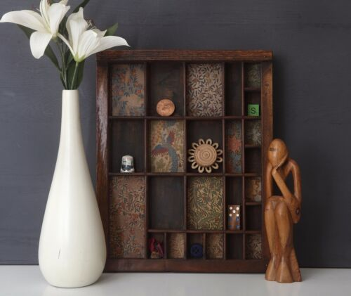 Lovely Printers Tray Artwork with William Morris Prints and Curios