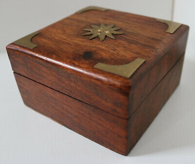 VINTAGE HAND MADE WOOD & BRASS LIDDED BOX ANTIQUE TRINKET JEWELLERY CHEST 11