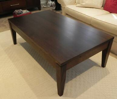 Ec Chocolate Brown Timber Coffee Table Berkowitz As New