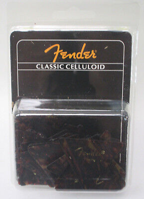 72 Pack Fender 355 Classic Celluloid Shell Thin Triangle Guitar Picks (Classic Celluloid Shell Thin)