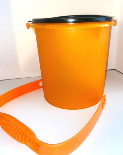 Tupperware Halloween Jumbo Large Canister 1.32 Gallon NEW Lid and Handle