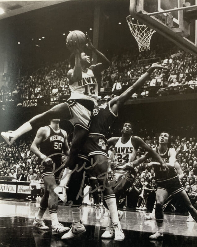 RONNIE LESTER HAND SIGNED 8x10 PHOTO IOWA HAWKEYES BASKETBALL AUTHENTIC AUTO