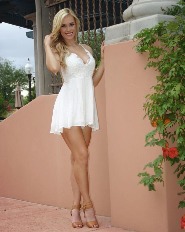 Paige Spiranac With a Nice White Dress 8x10 Picture Celebrity Print
