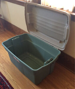 Hinged Rubbermaid Storage Box