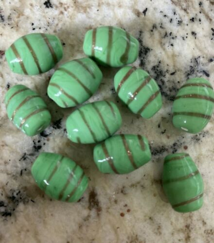 10 GREEN WITH GOLD OVAL - Lampwork Glass Beads   17mm  DIY JEWELRY