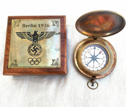 Brass push button Berlin 1936 compass with Olympic logo engraved / wooden box