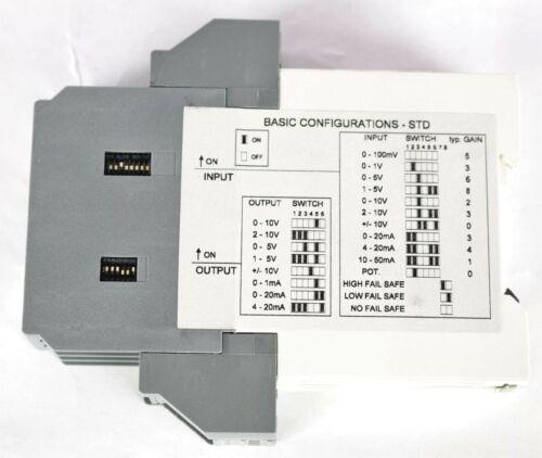 New 1SVR040000R1700 ABB Universal Signal Converter CC-U/ STD