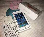 ROSE GOLD iPhone 6s 16gb (AWESOME condition AND ALL ACCESSORIES) Merrimac Gold Coast City Preview