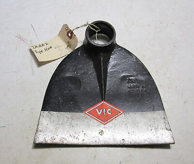 "New Vintage VIC 2 1/4 lb Grub Hazel Eye Hoe Head #2EAE2 - 7 5/8"" Wide Blade"