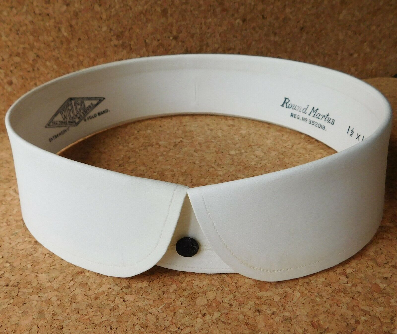 "Vintage Welco collar size 18.5"" Round Martus detachable UNUSED starched FADED"