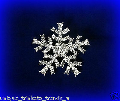 CLEAR WHITE RHINESTONE SILVER SNOWFLAKE CHRISTMAS GIFT PIN BROOCH FOR HER WOMEN ()