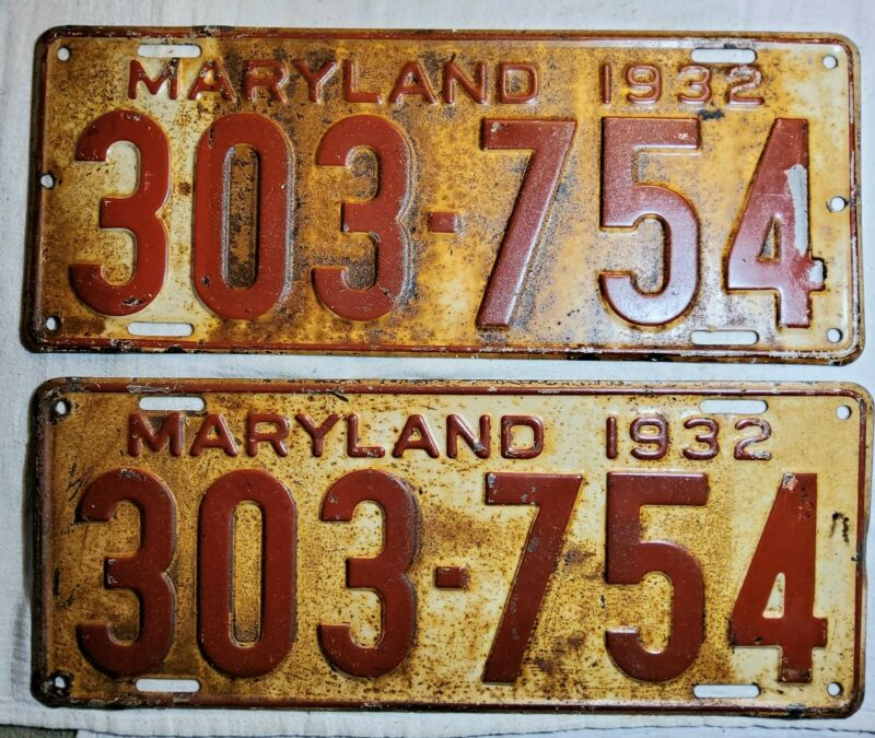 MATCHING SET OF 1932 EMBOSSED MARYLAND (MD) PAINTED STEEL LICENSE PLATES 303-754