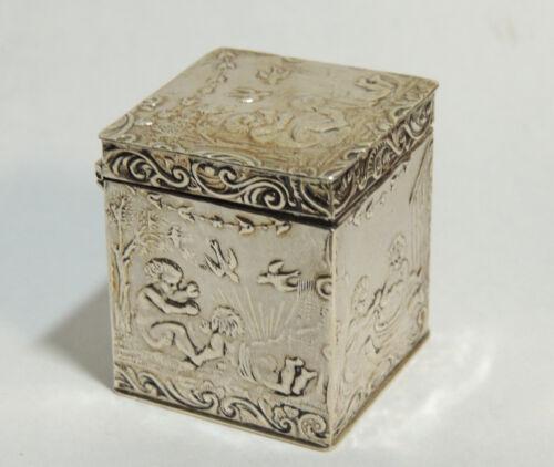 c1905 Antique Victorian Sterling Silver Tabletop POMANDER Vinaigrette Scent BOX