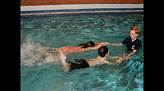 1 on 1 swimming lessons